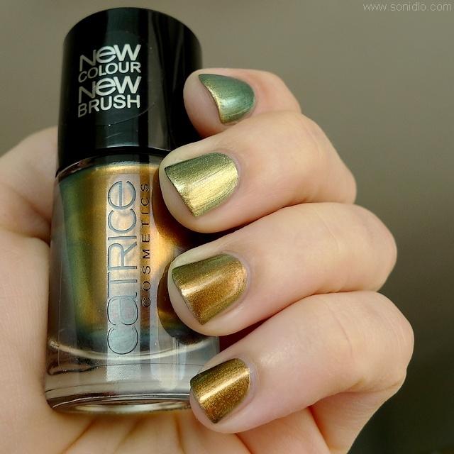 sonidlo´s nail polishes: Chanel Péridot vs. Catrice Genius In The Bottle