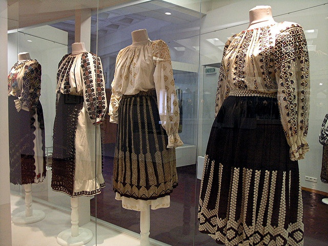 XIX-th century Romanian Folk Costumes from Oltenia, Valcea and Mehedinti county.