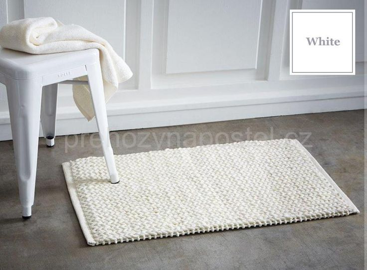 Bílý francouzský bavlněný kobereček do koupelny