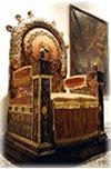 Museu de Arte Sacra - Catedral Metropolitana de São Sebastião RJ   trono que pertenceu a D. Pedro II usado na Catedral de São Sebastião do Rio de Janeiro por Sua Santidade, o Papa João Paulo II, em 1980.
