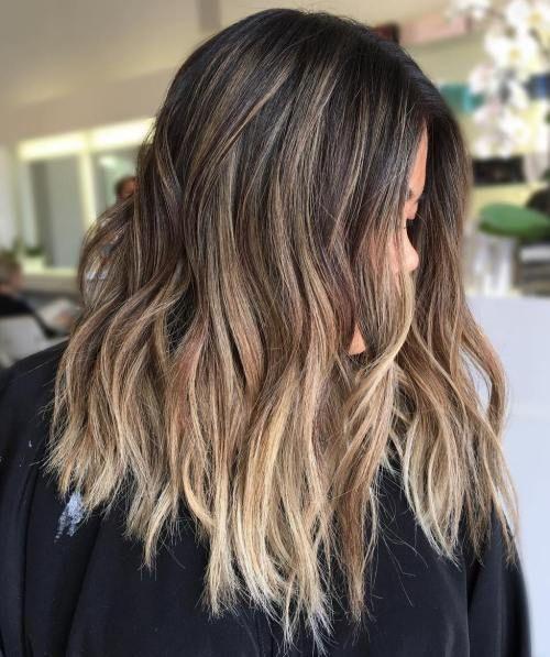 20 natürlich aussehende Brünette Balayage Styles #aussehende #balayage #brunet…