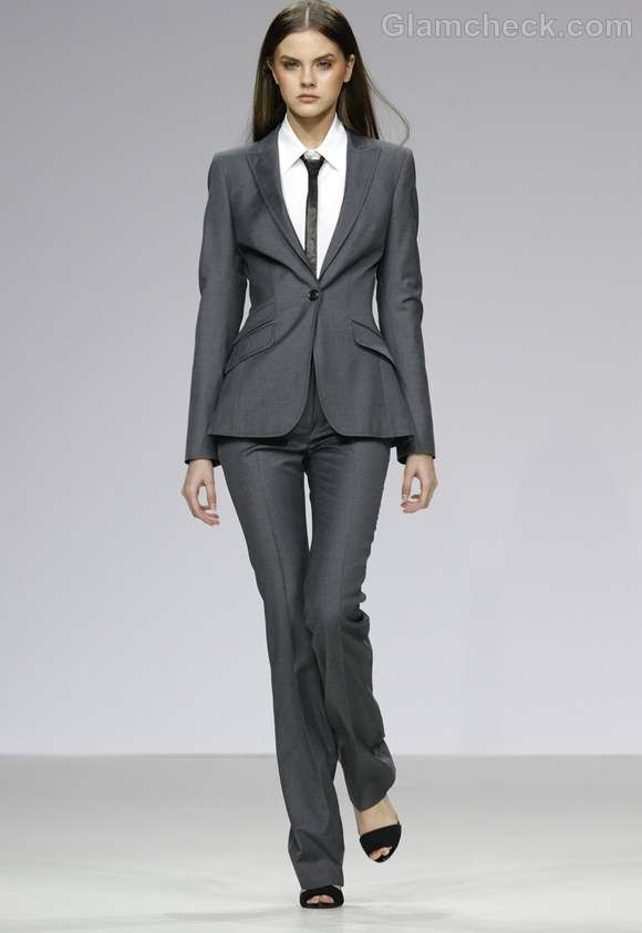 Formal Dress Suits for Women | How to Dress Formal for Business / Office Meetings (For Women)
