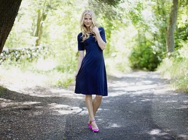 Love the timelessness of navy! Hazel is an elbow length, knee length dress - longer sleeves are flattering for everyone! Yours for a limited time at Omika Australia.