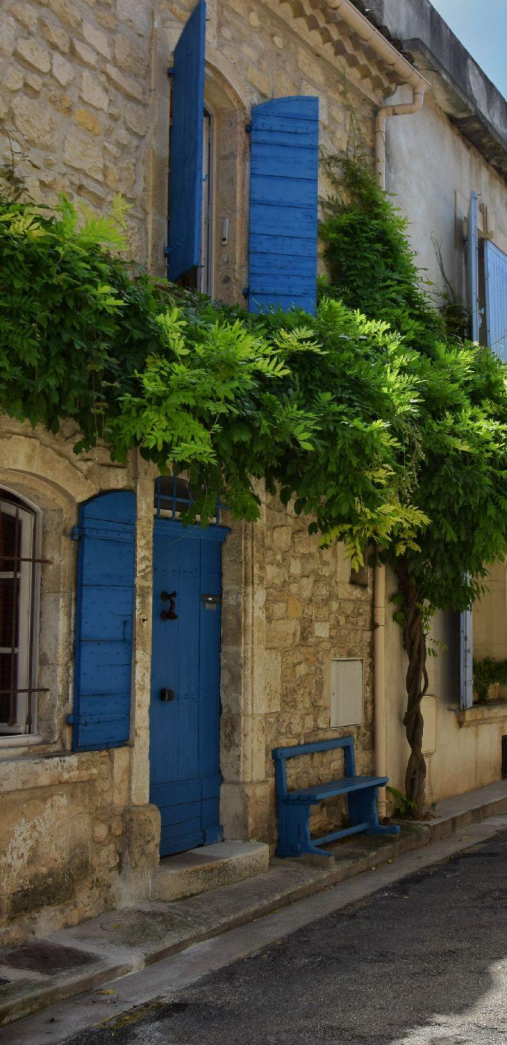 Arles Provence - ma villa en provence - location de villas avec piscine en Provence www.mavillaenprovence.com