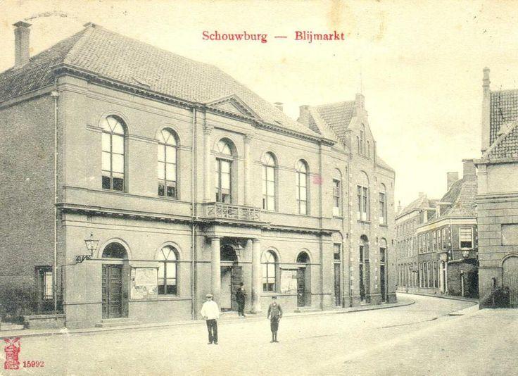 Schouwburg Odeon in Zwolle omstreeks 1900 (beeldbank Historisch Centrum Overijssel).