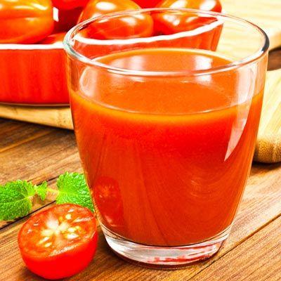 Gesunder Abnehmshake mit Tomaten - ideal für die schlanke Linie