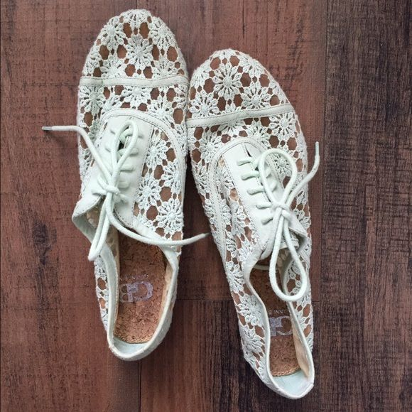 Mint Lace Oxfords Stylish and fun shoes for spring! Great with denim or a dress. Eyelet lace Oxford-inspired shoes with laces. Gianni Bini Shoes Flats & Loafers