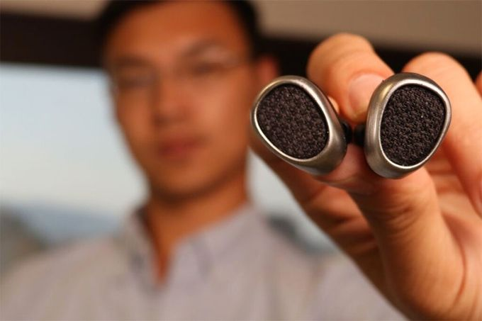 Pearbuds - The World's Smallest Stereo Cordless Earbuds by Pearbuds — Kickstarter