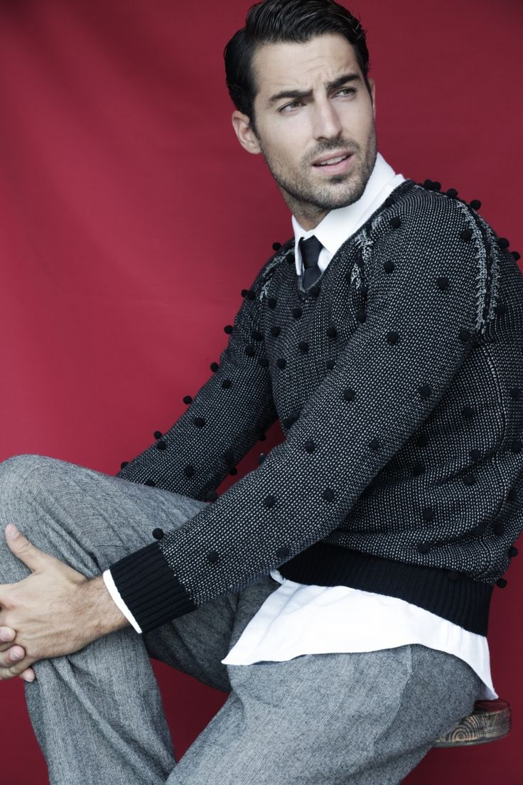 Antonio wears sweater Emporio Armani, shirt Marciano by GUESS, tie and trousers Antonio Miro.