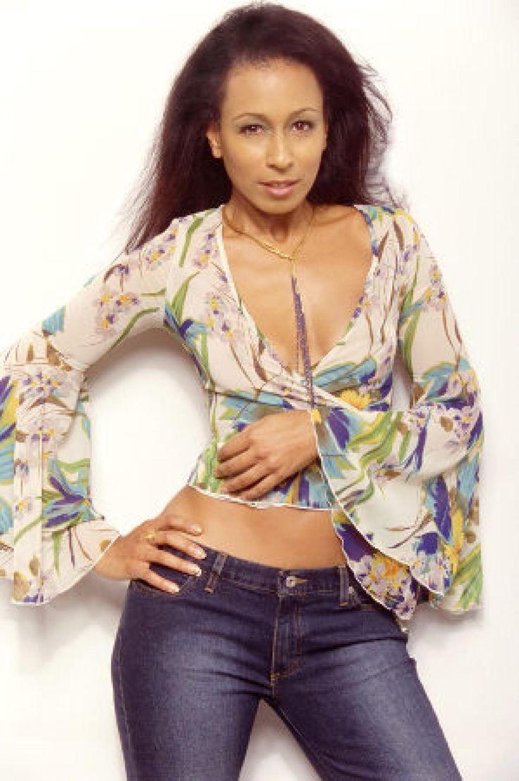 129 best 17) Beautiful Women images on Pinterest   Casey wilson ...