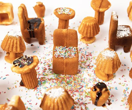 furniture waffle maker: Fun Recipes, Miniatures Furniture, Minis Cakes, Waffles Irons, Food Design, Of The Mobile, Ryosuk To Cooperate, Furniture Cakes, Rui Pereira