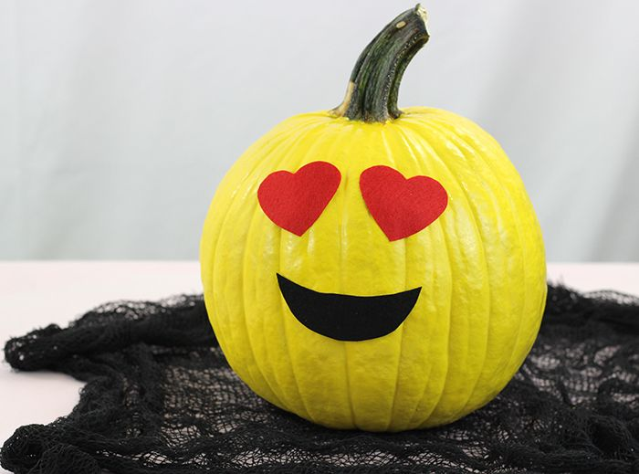 no carve emoji pumpkins kid friendly pumpkins that are so fun and so easy to - Pumpkins Decorations