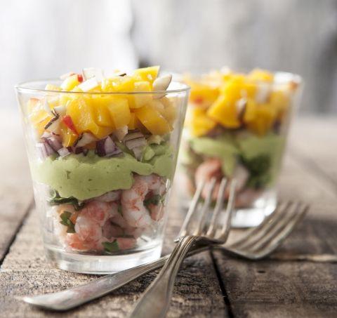 Rejecocktail med mango og avocado