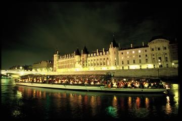 Seine River Cruise: Bateaux Parisiens Sightseeing Cruise with Dinner and Live Music - Paris | Viator