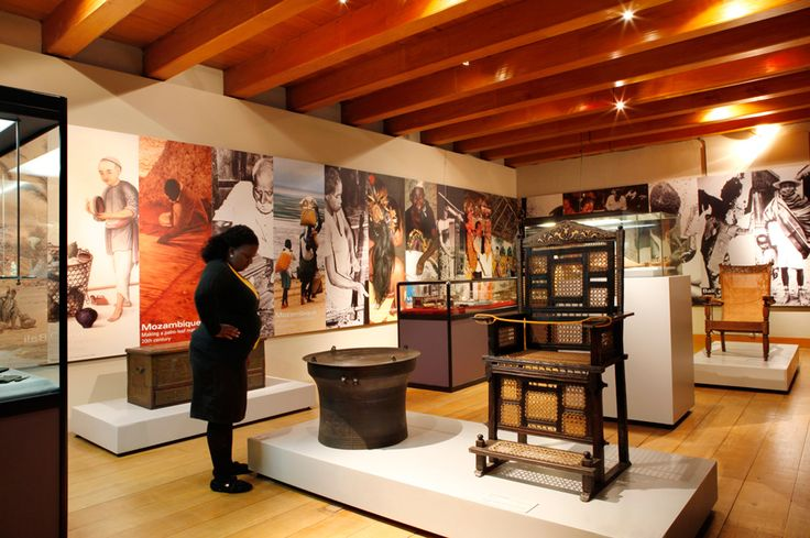 All Heritage sites in Cape Town IZIKO SLAVE LODGE. The Iziko Slave Lodge is one of Cape Town's oldest buildings, with a history that spans three centuries. Iziko aims to transform the Slave Lodge from a site of human wrongs to one of human rights