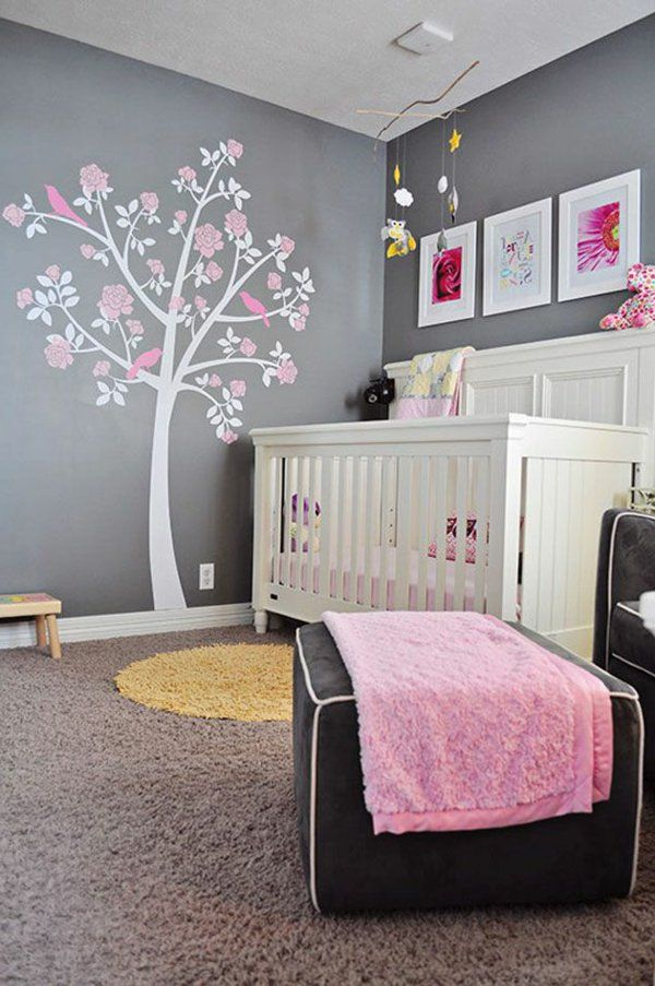 chambre de bb fille en gris blanche et rose ide arbre sur le