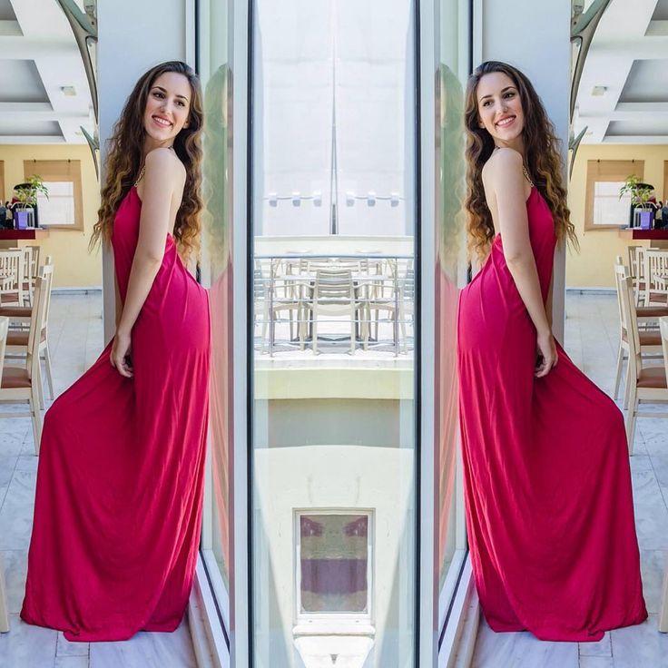 #coral reflection 🎀 #lovefashiongr #fashionblogger #greekblogger #fiafashion #civitel #civitelattik