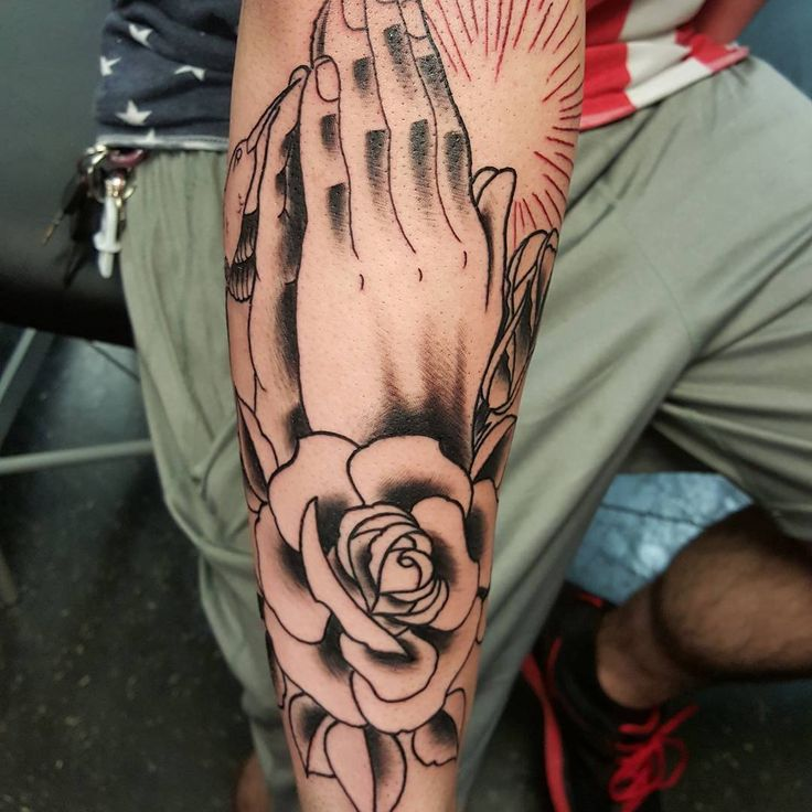 awesome Top 100 praying hands tattoo - http://4develop.com.ua/top-100-praying-hands-tattoo/ Check more at http://4develop.com.ua/top-100-praying-hands-tattoo/