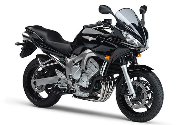 Yamaha FZ6S 2005  my favorite mode of transport: hike or bike ;-) But normally take the bicycle or train