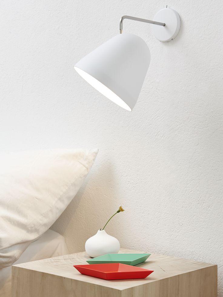 die besten 25 wandleuchte schlafzimmer ideen auf pinterest wandleuchten f rs schlafzimmer. Black Bedroom Furniture Sets. Home Design Ideas