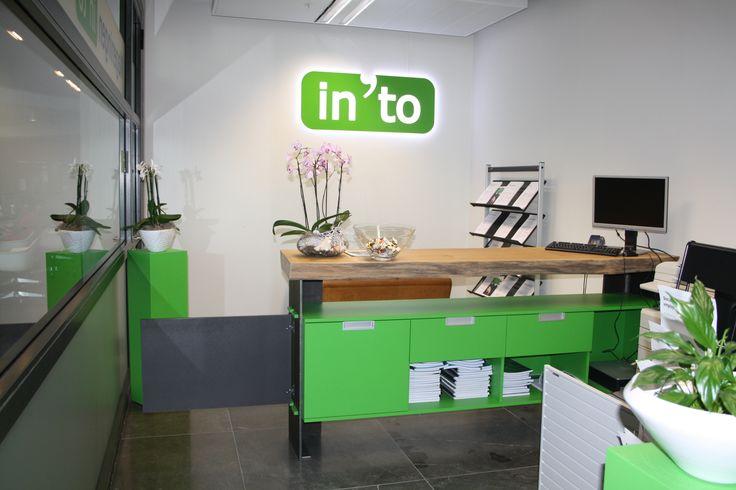 Ontwerp secretariaat en balie In 'to Languages Wageningen