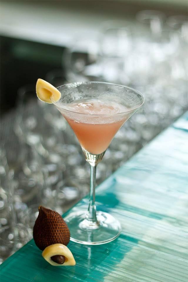 Start your week fresh with this unique Salak-infused cocktail from the Sakala Bar! #Sakalabali #Sakalaresort #Sakalabeachclub
