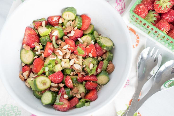My strawberry lovefest continues with this fresh, vibrant and flavourful salad! If you're like me, you're probably not tired of strawberries. I could eat t