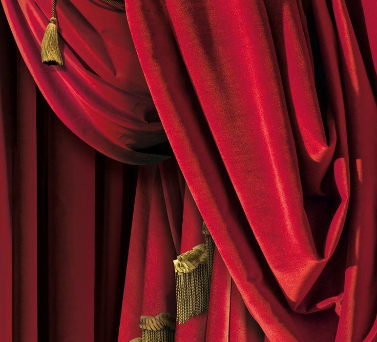 trompe l oeil wallpaper by christophe koziel rideaux de th 233 226 tre rouges droite tromp
