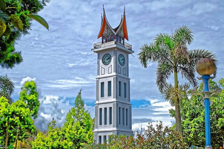 Titik nol padang. . . #travelphotography #instatravel #padang #jalan2 #destination #TravelLife #travelling #igtravel #me #ogearthemus #monument