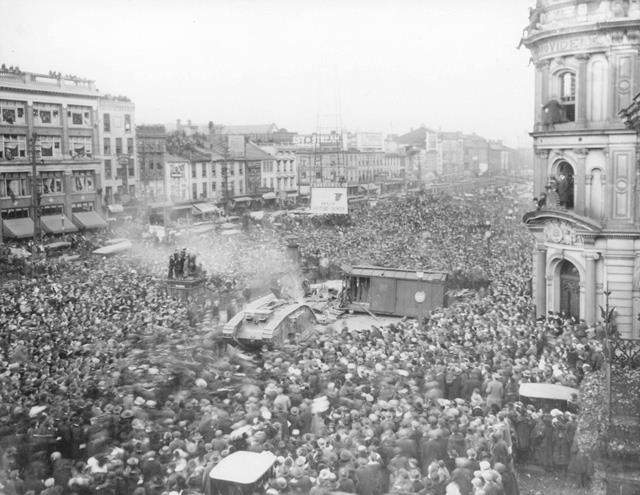 A tank demonstration in downtown Hamilton (Gore Park), King Street East at Hughson 1918-11-02
