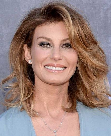 2017 hairstyles for women over 40