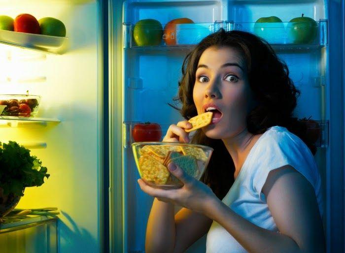 Anda harus mencoba makanan sehat ini, karena makanan ini mengandung hal baik yang dapat membuat anda tertidur lebih nyenyak dan terhindar dari insomnia. simak 10 makanan sehat pencegah insomnia berikut ini..