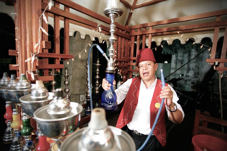 From the deserts of the Middle East the art of smoking a Sisha made its way to the metropolitan capital of Indonesia,  Jakarta.