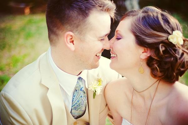Real Wedding: Jennifer & Jason - The Bride's Cafe; Nessa K Photography