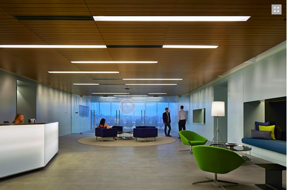 Alfred Williams & Co. partnered with A+D firm Ginsler create a modern office space for Turner Construction Company.  #hermanmiller