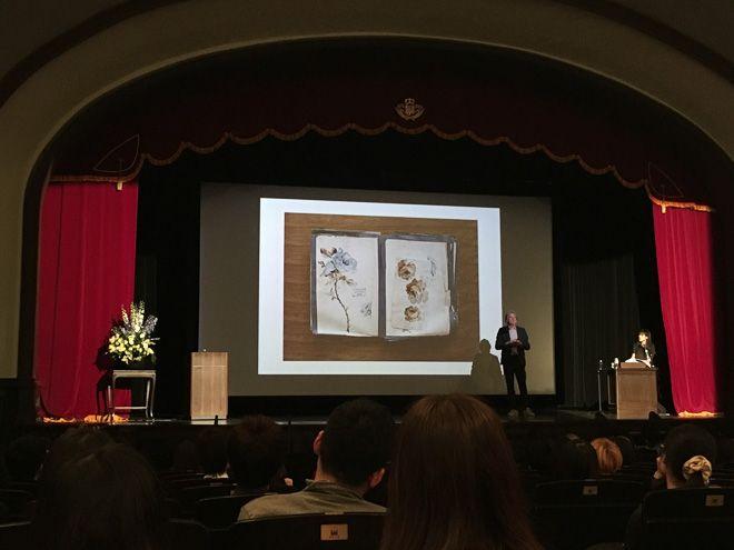 ポール・スミスが早稲田大学でインスピレーションの源を熱弁、大学生にエール   Fashionsnap.com