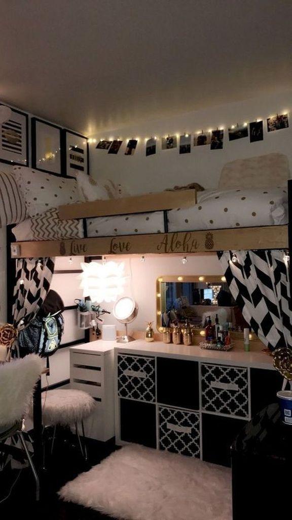 25 Tiny Room Decorating Ideas That Show Your Big Personality Godiygo Com Dorm Room Designs Cool Dorm Rooms Dorm Room Inspiration Adorable diy bedroom decorating ideas
