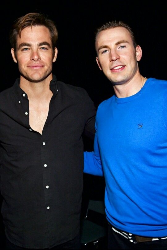 Major love for these 2! Chris Pine and Chris Evans
