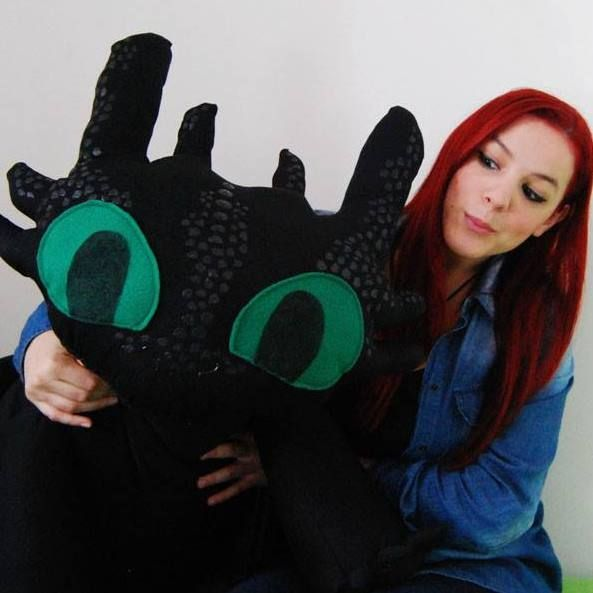 Me and the big Toothless! :D  #eyes #hair #red #redhair #browneyes #capellirossi #rosso