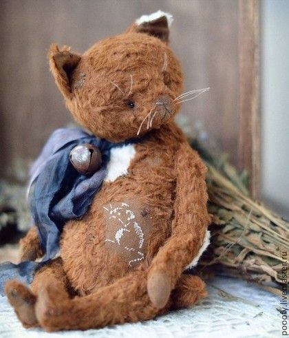 Vintage Brown Cat. Handmade.