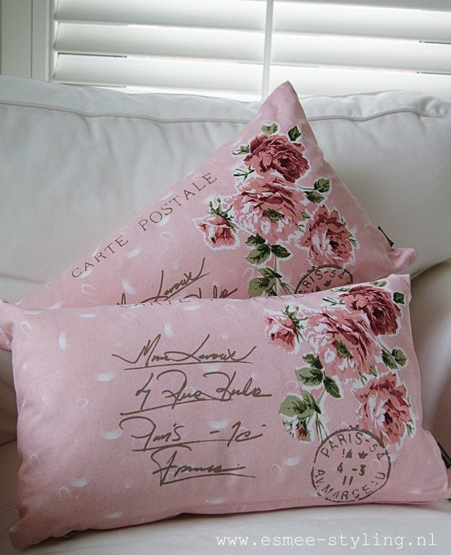 Shabby Chic Beach Pillows : 375 best Beautiful Pillows images on Pinterest Pillow talk, Decorative pillows and Blinds
