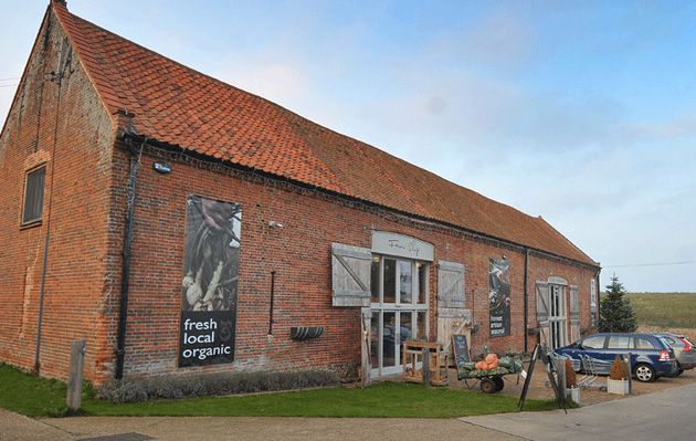 Back to the Garden is an organic food farm shop with cafe, restaurant and beautiful new garden. We supply vegetables, meats, artisan cheeses and delicatessen from our 18th century converted barn.
