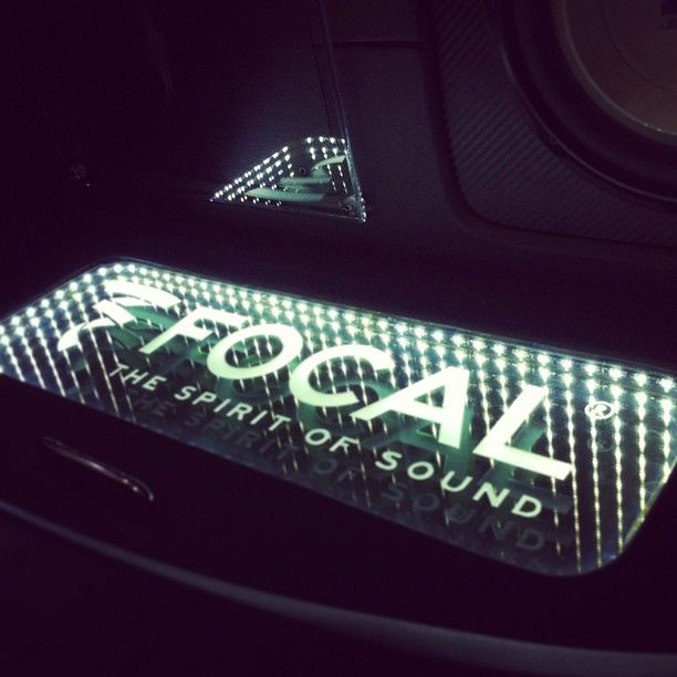 trunk stereo audio focal car audio