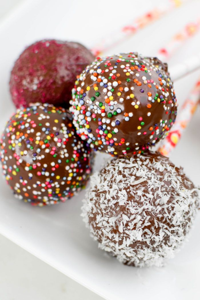 February 10, 2016 Healthy Cake Pops | Healthy Cake Pops that are made with wholesome and nutritious ingredients & taste just as delicious as the traditional