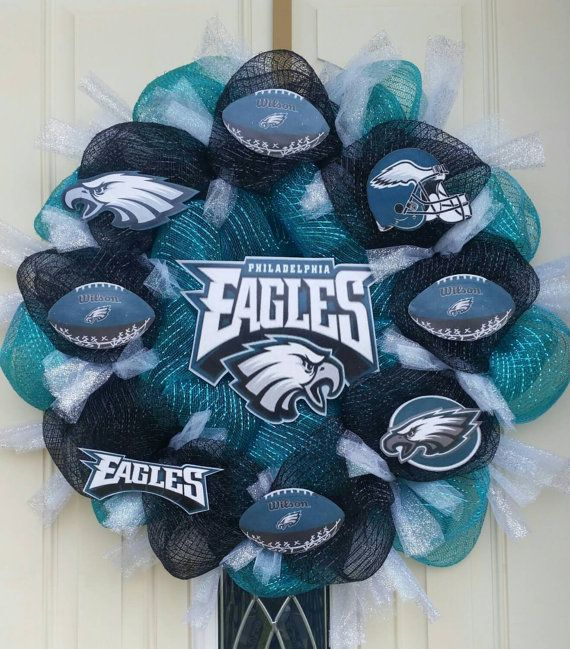 NFL Philadelphia Eagles Midnight Green Wreath by TinasCrafts05