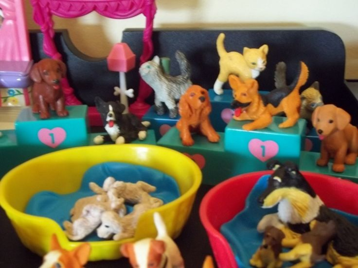 90's Toys -- Original Puppy in my Pocket - I loved these! Pretty sure I still have them somewhere