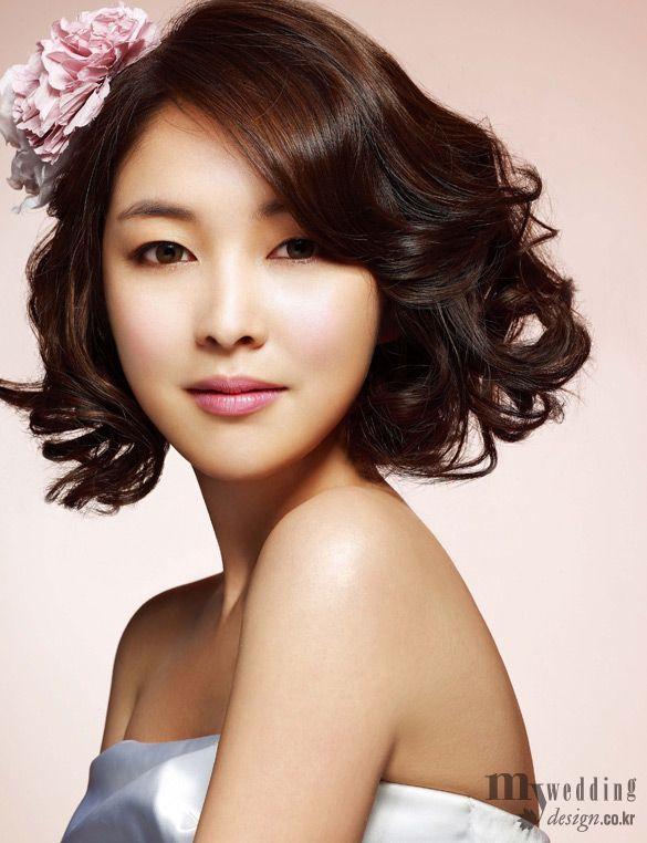 Pink Makeup Short Hair