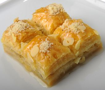 Sütlü nuriye---anothr type of baklava
