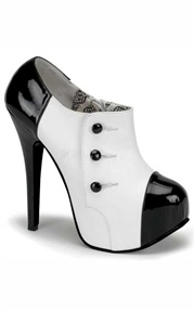 Heel: Style, Ankle Boots, Clothing, Shoes Boots, Black White, Women Shoes, Buttons, High Heels, Tuxedos