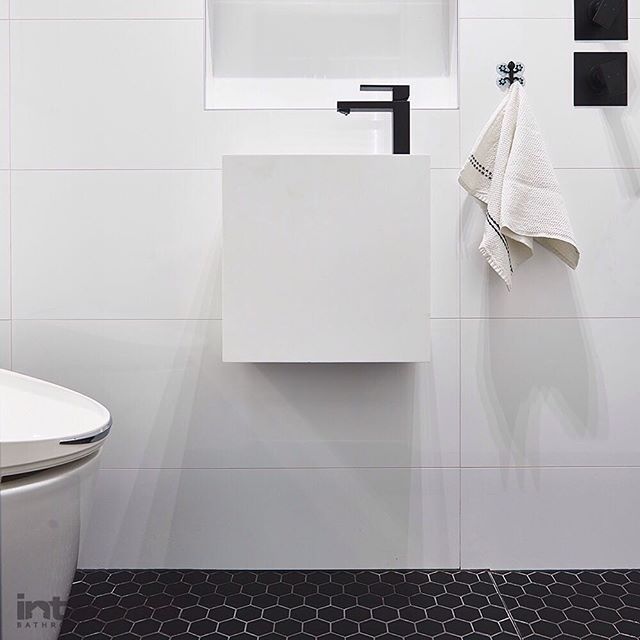 Often when we are working on Sydney bathroom renovations, we are faced with difficult challenges. But one of the biggest challenges in any Sydney bathroom renovation is dealing with a small bathroom space. Here's our definitive list on how to make your bathroom feel bigger than it is by clicking the Link in our profile #integritibathrooms #bathroomdesign #smallbathroom #vanity #sydneybathroomrenovations #sydneybathrooms #sydneybathroomdesigner #bathroom #bathroomdesign #whitebathroom…